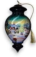 Ne Qwa Art reverse hand painted ornaments and Christmas ornaments by world famous artisans make unique christmas and holiday gifts as well as wedding, anniversary, graduation, mothers day and birthday gifts for your home decor