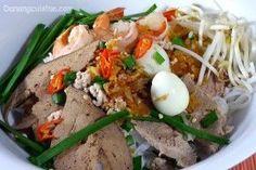 HU TIEU NAM VANG PHNOM PENH NOODLE SOUP (KUY TEAV)