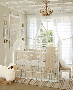 Organic Birdie Nursery | Pottery Barn Kids