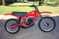 1976 Honda CR125M Elsinore.  A great bike in 1976, it was left largely unchanged until 1979, which was a bad move on the part of Honda, as Yamaha and Suzuki virtually left them in the dust for 1977 and 1978.