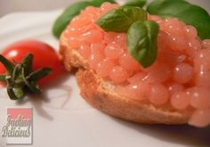 Bruschetta with tomato caviar - Molecular Gastronomy