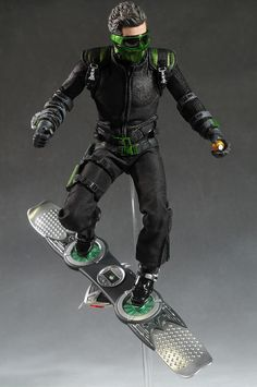Spider-Man: Far from Home Deluxe Web Gear Action Figure with Sound FX, Suit Upgrades, and Web Blaster Accessory by Spider-Man. Green Goblin Spiderman, Spiderman Movie, Amazing Spiderman, Robot Concept Art, Armor Concept, Coleccionables Sideshow, Sean Parker, Goblin Art, Superhero Stories