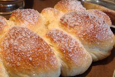 How to Make Sweet Bread Condensed Milk - Recipe Easy Baby Food Recipes, Bread Recipes, Sweet Recipes, Cooking Recipes, Sweet Pie, Sweet Bread, Condensed Milk Recipes, Nutella, Bakery