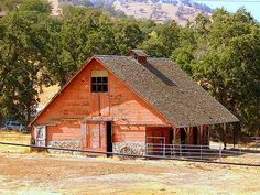 Faded Orange Barn Along The 202  Tehachapi barns! Description from uk.pinterest.com. I searched for this on bing.com/images
