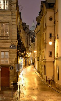 Midnight in Paris.. (by PatriciaPichon on Flickr)