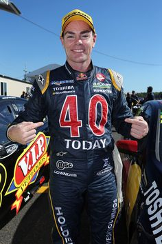 Craig Lowndes Photos: Darwin - V8 Supercars: Qualifying And Race