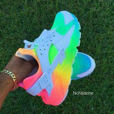 Damenbekleidung - Turnschuhe - Damenmode: Rainbow Huraches - Turnschuhe youfashionn give a woman the right pair of shoes - Woman Shoes Cute Nike Shoes, Cute Nikes, Cute Sneakers, Nike Air Shoes, Shoes Sneakers, Rainbow Sneakers, Rainbow Shoes, Colorful Sneakers, Colorful Shoes