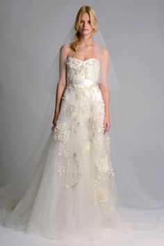37 Designer Wedding Dresses for Fall 2014 - Couture Wedding Dress Designers - Harper's BAZAAR - Marchesa http://thebridaldress.blogspot.com/