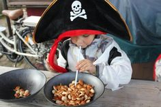 Piraten Party Spielmaterial Pirates, Baby Strollers, Children, Matching Costumes, Kids, Baby Prams, Prams, Kid, Strollers
