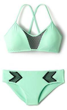 love this sporty mint bikini http://rstyle.me/n/vq8fvr9te