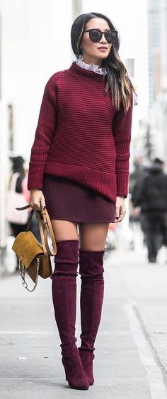 Incredible outfit / sweater + skirt + bag + maroon over knee boots