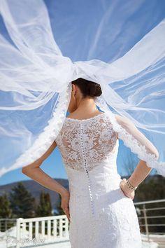 Krásna nevestička Monika… Dobrý deň, zasielam zopár fotiek vašich šiat z našej svadby. Ďakujem, všetkým sa veľmi páčili. Monika.