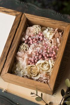Flower Boxes, Flower Frame, My Flower, Wooden Ring Box, Fall Scents, Wedding Welcome Signs, Glass Boxes, Wedding Boxes, How To Preserve Flowers