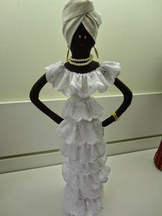 O que mais andei fazendo por esses dias: Bonecas e mais bonecas... Essas estão mais estilo africano... Olha o corpitcho das d...