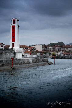 #Euskadi #PaysBasque #Espelette #Fiesta #Biarritz #Red #64 By #Lightinzebox, Website : www.facebook.com/LightinZeboxStudio
