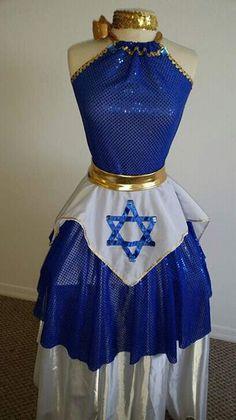 Danza cristiana de adoración profética extravagante Praise Dance Wear, Praise Dance Dresses, Worship Dance, Jj Dresses, Garment Of Praise, Dance Uniforms, Dance Pants, Tambourine, Dance Outfits