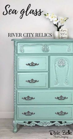 This adorable dresser is painted with Dixie Belle Paint color Sea Glass. Shop our 60 colors today! #dixiebellepaint #bestpaintonplanetearth #chalklife #homedecor #doityourself #diy #chalkmineralpaint #chalkpainted #easypeasypaint #makingoldnew #whybuynew #justpainting #paintedfurniture