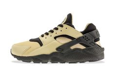 """Desert-inspired with slight earth tones, the Nike Air Huarache """"Flint Spin"""" showcases a sandy flint hue throughout the upper while black falls along the rear, laces, tongue and midsole. Description from stupiddope.com. I searched for this on bing.com/images"""