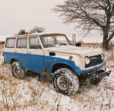 Toyota Land Cruiser = almost my dream car 😉 Toyota Land Cruiser, Fj Cruiser, Toyota 4x4, Toyota Trucks, My Dream Car, Dream Cars, Expedition Vehicle, Four Wheel Drive, Japanese Cars