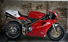 10220.1361984834.Eds_Ducati_996sps__17.jpeg 567×347 pixels