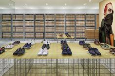 Gallery of Camper Shin-Marunouchi Building / Schemata Architects - 3