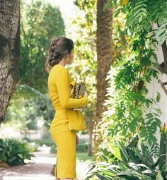 Jessie Chanes Seams for a desire - Mustard Wedding Midi Dress Leopard Clutch Zacposen Apparentia Marbella Club Outfit Bautizo, Mom Dress, Dress Up, Yellow Clothes, Cool Outfits, Fashion Outfits, Church Outfits, Couture Dresses, Elegant Woman