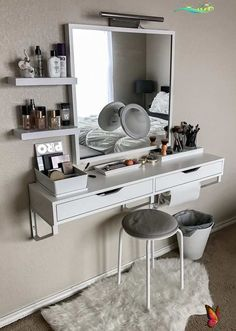 17 Makeup Vanity Ideas Floating Vanity<br> Girls are mad and crazy about makeup . They love to collect makeup stuff a lot and love to create different makeup looks . Its really important to keep makeup products organized and safe because we… Makeup Room Decor, Decor Room, Bedroom Decor, Home Decor, Bedroom Ideas, Bedroom Designs, Makeup Rooms, Wall Decor, Mirror Bedroom