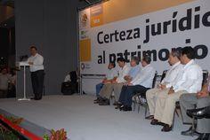 En Veracruz, el campo es fuente de arraigo y tierra de oportunidades para vivir en paz y mejor, aseguró el gobernador Javier Duarte de Ochoa.