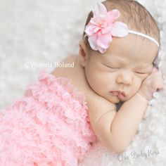 Items similar to The Original Newborn Petti Romper in 22 Colors by Chic Baby Rose Great Photo Prop on Etsy Newborn Picture Outfits, Newborn Outfits, Newborn Pictures, Baby Pictures, Baby Photos, Newborn Pics, Black Baby Girls, My Baby Girl, Baby Girl Newborn