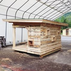 Kid's playhouse by sheltercollective