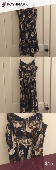 Old navy floral zip up dress Old navy floral zip up dress Old Navy Dresses Midi