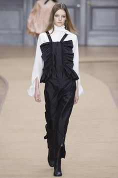 Chloé Fall 2016 Ready-to-Wear Fashion Show - Roos Abels (Ford)