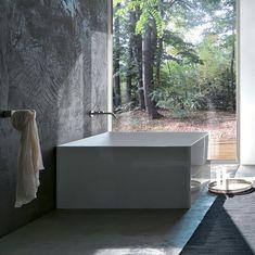 Atmosfere Square Bathtub