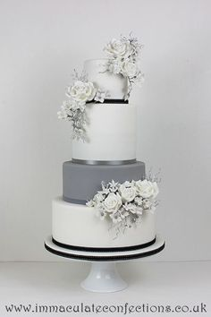Follow us @SIGNATUREBRIDE on Twitter and on FACEBOOK @ SIGNATURE BRIDE MAGAZINE #floralweddingcakes