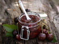 Confiture de cerises parfumée à la vanille - Recette de cuisine Marmiton : une recette