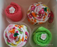 Sweet Kitchen and Dish Towel cupcake set