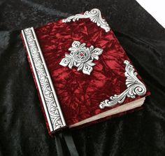 Large custom Handmade Book of shadows/ por CustomHandMadeBooks