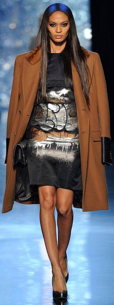 Jean Paul Gaultier - Fall 2012 RTW ✜ http   www.vogue. 4e1080d45bb