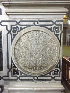 Rifai mosque - Egypt - cairo - amazing architecture - Islamic art - columns hand made of marble مسجد الرفاعي -  القاهره - مصر - فن إسلامي رائع - تصويري المتواضع في عشق مصر