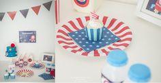 Party Pops - Astronauts Theme Party http://partypopsblog.wordpress.com/2014/05/01/party-pops-una-festa-spaziale/