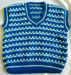 Age 6 to 12 months. This littl Knitting Patterns Boys, Crochet Patterns For Beginners, Knitting For Kids, Crochet For Kids, Crochet Baby, Crochet Top, Free Crochet, Knit Baby Sweaters, Knitted Baby Clothes