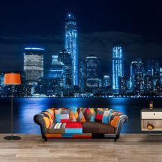 Fotobehang New York by Night | Maak het jezelf eenvoudig en bestel fotobehang voorzien van een lijmlaag bij YouPri om zo gemakkelijk jouw woonruimte een nieuwe stijl te geven. Voor het behangen heb je alleen water nodig! #behang #fotobehang #print #opdruk #afbeelding #diy #behangen #newyork #manhattan #bigapple #stad #nacht #usa Wall Posters, New York, Wall Murals, New Homes, House Design, 3d, Luxury, Wallpaper, Wall Papers