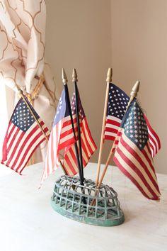 Fabulous Old American Flags Parade Flags by WeeklyTreasureHunt