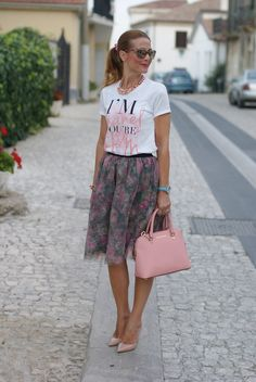Floral tulle skirt: pink romantic outfit