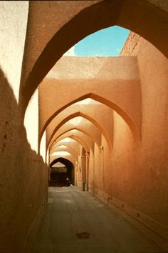 The streets of old Yazd – iran Photo – architecture Persian Architecture, Vernacular Architecture, Classic Architecture, Organic Architecture, Ansel Adams, Level Design, Visit Iran, Teheran, Ancient Persia