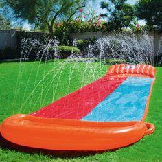 aufblasbare totenkopf luftmatratze zum schwimmen und spielen im wasser badeinseln. Black Bedroom Furniture Sets. Home Design Ideas