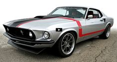 Schwartz Performance is proud to announce that the 2016 Raybestos Mustang project is complete and on the road. Ford Mustang Shelby Cobra, Shelby Gt500, Car Ford, Ford Gt, Restomod Mustang, 1960s Cars, Classic Mustang, Weird Cars, Pony Car