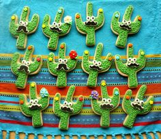I have been wanting to make cactus cookies for quite awhile. There is just something about them that's just plain whimsical, and Seuss...