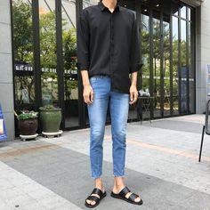 107 unutterable urban dresses style ideas – page 1 Tomboy Fashion, Kpop Fashion, Streetwear Fashion, Sneakers Fashion, Fasion, Korean Fashion Men, Korean Street Fashion, Mens Fashion, Outfits Hombre