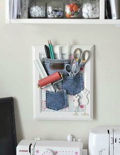 27 upcycling ideas for your old jeans! - Picture Frame Utensilo jeans bags upcycling idea ideas sew sewing ideas sustainable diy jeans old m - Jean Crafts, Denim Crafts, Craft Organization, Craft Storage, Wall Storage, Sewing Crafts, Sewing Projects, Diy Projects, Sewing Ideas